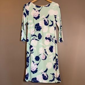 A pea in the pod floral maternity dress